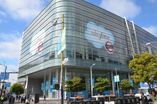 Clouds on Moscone West Dreamforce